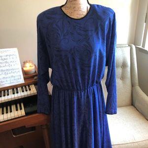 Dresses & Skirts - Vintage Blue Dress with Shoulder Pads